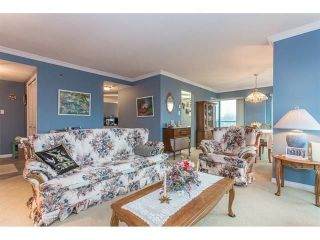 """Photo 4: 802 32440 SIMON Avenue in Abbotsford: Abbotsford West Condo for sale in """"Trethewey Tower"""" : MLS®# R2241198"""