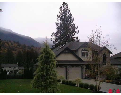 Main Photo: 52632 WOODGROVE Place in Chilliwack: Rosedale Popkum House for sale (Rosedale)  : MLS®# H2801079