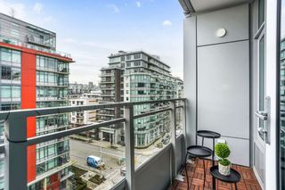 """Photo 15: 804 1708 ONTARIO Street in Vancouver: Mount Pleasant VE Condo for sale in """"Pinnacle on the Park"""" (Vancouver East)  : MLS®# R2545079"""