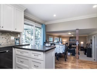 Photo 15: 3728 SQUAMISH CRESCENT in Abbotsford: Central Abbotsford House for sale : MLS®# R2460054