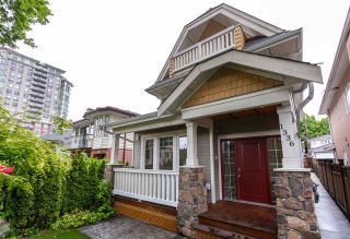 Photo 2: 1336 E 23RD Avenue in Vancouver: Knight 1/2 Duplex for sale (Vancouver East)  : MLS®# R2459298