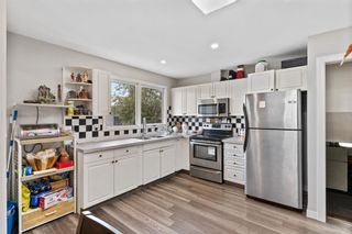 Photo 6: 6219 Penworth Road SE in Calgary: Penbrooke Meadows Detached for sale : MLS®# A1153877