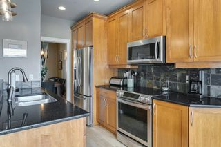 Photo 10: 1633 17 Avenue NW in Calgary: Capitol Hill Semi Detached for sale : MLS®# A1143321