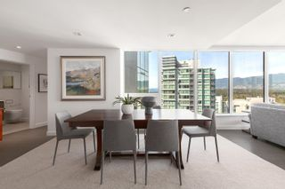 """Photo 3: 2101 620 CARDERO Street in Vancouver: Coal Harbour Condo for sale in """"CARDERO"""" (Vancouver West)  : MLS®# R2620274"""