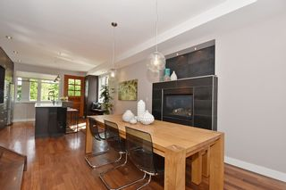 """Photo 5: 25 W 15TH Avenue in Vancouver: Mount Pleasant VW Townhouse for sale in """"CAMBIE VILLAGE"""" (Vancouver West)  : MLS®# R2065809"""