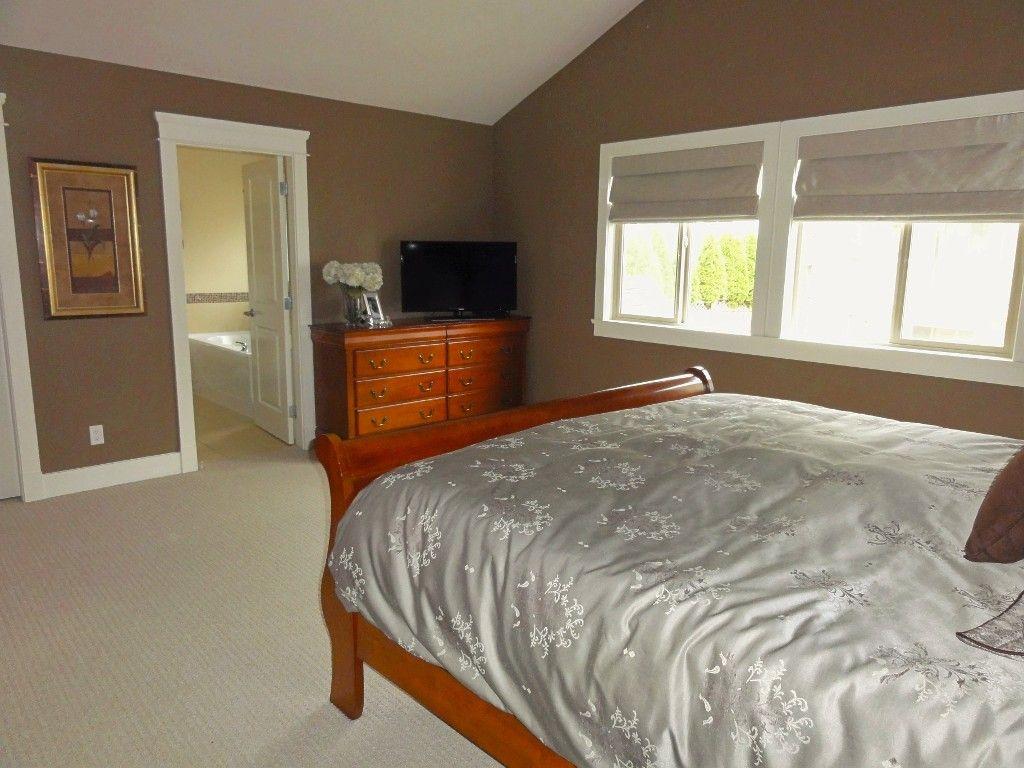 "Photo 22: Photos: 5980 163B Street in Surrey: Cloverdale BC House for sale in ""WESTRIDGE ESTATES"" (Cloverdale)  : MLS®# R2057890"