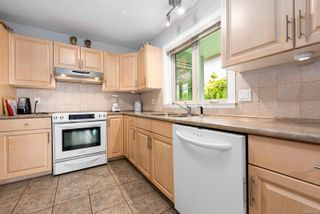Photo 4: 104 700 S Island Hwy in : CR Campbell River Central Condo for sale (Campbell River)  : MLS®# 877514