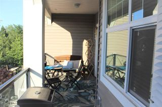 """Photo 14: 301 17712 57A Avenue in Surrey: Cloverdale BC Condo for sale in """"WEST ON THE VILLAGE WALK"""" (Cloverdale)  : MLS®# R2276468"""