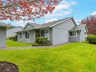 Photo 1: 1 650 W Hoylake Rd in : PQ Qualicum Beach Row/Townhouse for sale (Parksville/Qualicum)  : MLS®# 877709