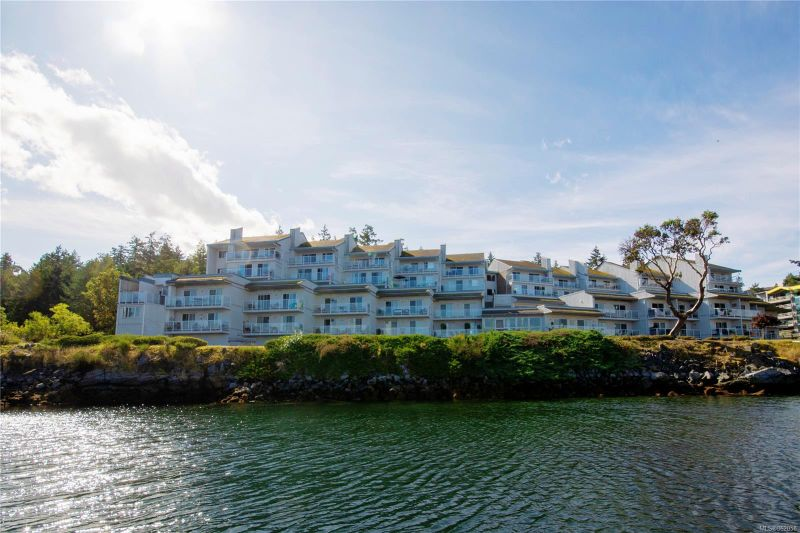 FEATURED LISTING: 108 - 3555 Outrigger Rd