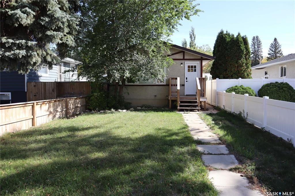 Main Photo: 2603 Kelvin Avenue in Saskatoon: Avalon Residential for sale : MLS®# SK872236