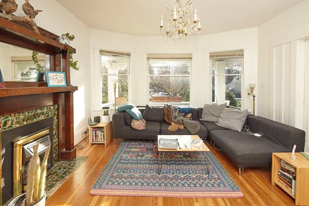 Photo 11: Photos: 1943 NAPIER Street in Vancouver: Grandview Woodland House for sale (Vancouver East)  : MLS®# R2423548
