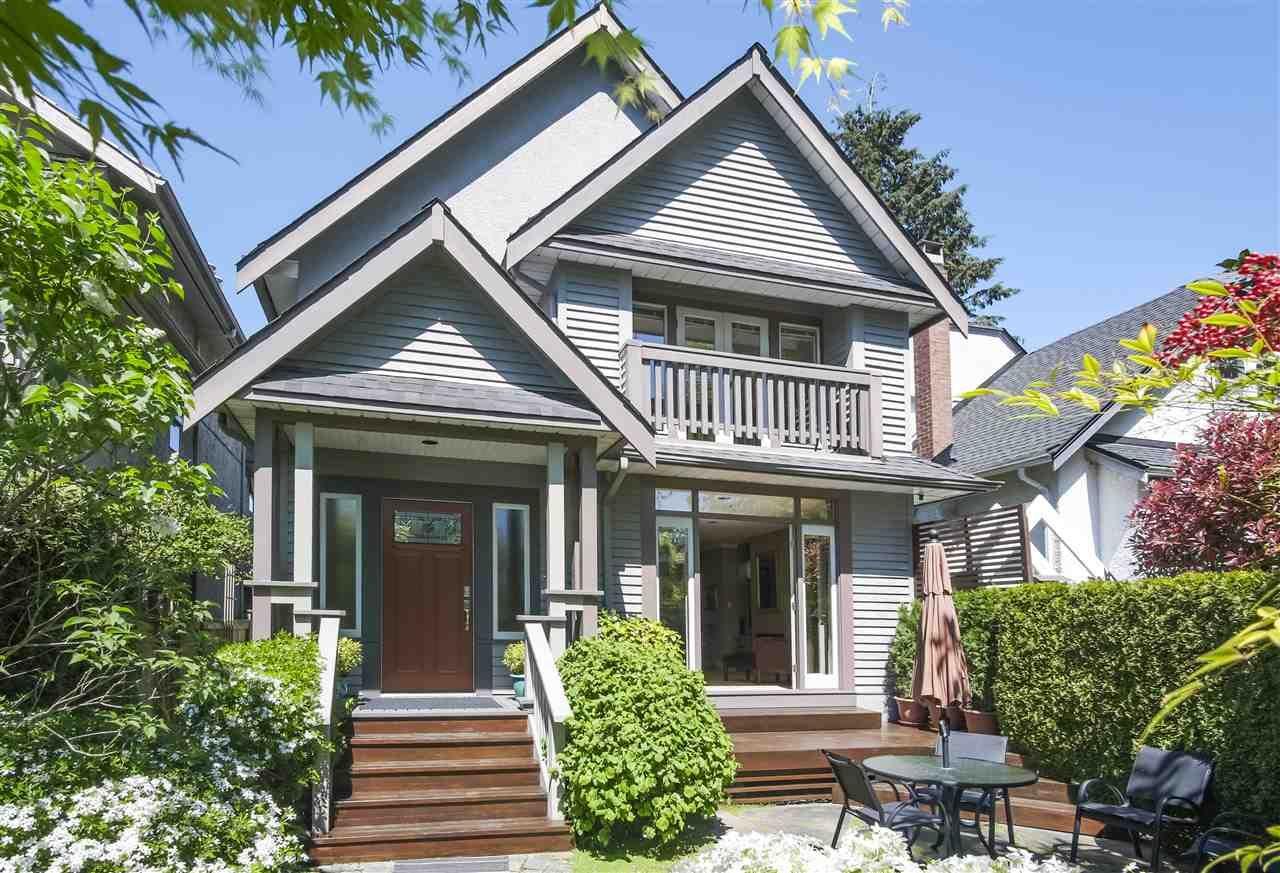 "Main Photo: 3389 W 2ND Avenue in Vancouver: Kitsilano 1/2 Duplex for sale in ""Kitsilano"" (Vancouver West)  : MLS®# R2368470"