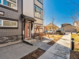 Photo 4: 402 11 Evanscrest Mews NW in Calgary: Evanston Row/Townhouse for sale : MLS®# A1095626