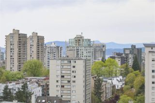 """Photo 12: 1706 909 BURRARD Street in Vancouver: West End VW Condo for sale in """"Vancouver Tower"""" (Vancouver West)  : MLS®# R2363575"""