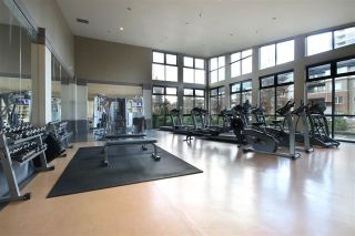 """Photo 18: 905 3102 WINDSOR Gate in Coquitlam: New Horizons Condo for sale in """"Celadon by Polygon"""" : MLS®# R2255405"""