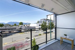 """Photo 11: 210 630 E BROADWAY in Vancouver: Mount Pleasant VE Condo for sale in """"MIDTOWN MODERN"""" (Vancouver East)  : MLS®# R2466834"""