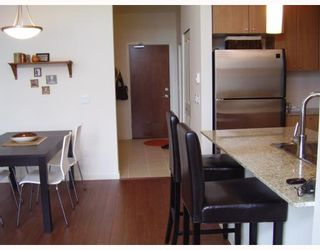 """Photo 4: 410 2477 KELLY Avenue in Port Coquitlam: Central Pt Coquitlam Condo for sale in """"SOUTH VERDE"""" : MLS®# V780816"""