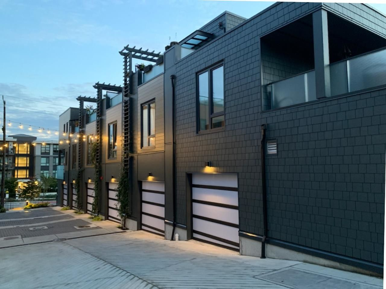 Main Photo: 311 MOODY Street in North Vancouver: Lower Lonsdale House for sale : MLS®# R2565046