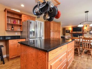 Photo 7: 698 Windsor Pl in CAMPBELL RIVER: CR Willow Point House for sale (Campbell River)  : MLS®# 745885