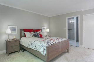 """Photo 14: 2657 FROMME Road in North Vancouver: Lynn Valley Townhouse for sale in """"CEDAR WYND"""" : MLS®# R2475471"""