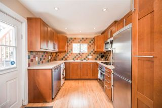 """Photo 11: 1021 SEMLIN Drive in Vancouver: Grandview Woodland House for sale in """"COMMERCIAL DRIVE"""" (Vancouver East)  : MLS®# R2584529"""