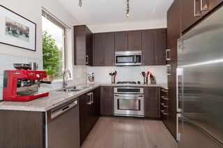 "Photo 10: 108 139 W 22ND Street in North Vancouver: Central Lonsdale Condo for sale in ""Anderson Walk"" : MLS®# R2402115"