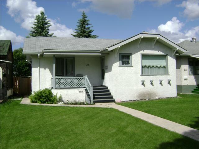 Main Photo:  in WINNIPEG: East Kildonan Residential for sale (North East Winnipeg)  : MLS®# 1011227