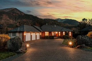 FEATURED LISTING: 4320 ESTATE Drive Chilliwack