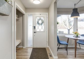 Photo 8: 18 10910 Bonaventure Drive SE in Calgary: Willow Park Row/Townhouse for sale : MLS®# A1093300