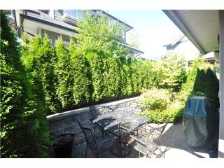 Photo 6: 3115 SUNNYHURST Road in North Vancouver: Lynn Valley Duplex for sale : MLS®# V972799