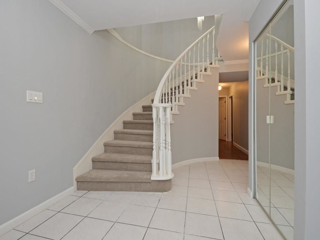 Photo 14: Photos: 5521 NORFOLK Street in Burnaby: Central BN House for sale (Burnaby North)  : MLS®# R2139065