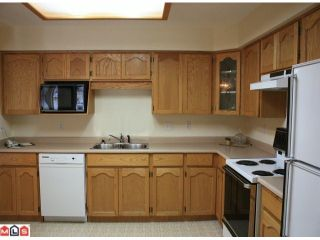 "Photo 5: 308 33110 GEORGE FERGUSON Way in Abbotsford: Central Abbotsford Condo for sale in ""TIFFANY PARK"" : MLS®# F1007288"