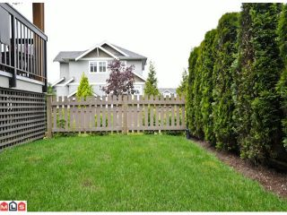 """Photo 10: 50 16789 60TH Avenue in Surrey: Cloverdale BC Townhouse for sale in """"Laredo"""" (Cloverdale)  : MLS®# F1014213"""