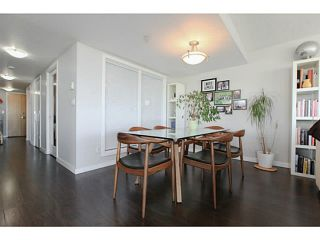 """Photo 12: 2206 120 MILROSS Avenue in Vancouver: Mount Pleasant VE Condo for sale in """"THE BRIGHTON"""" (Vancouver East)  : MLS®# V1108623"""