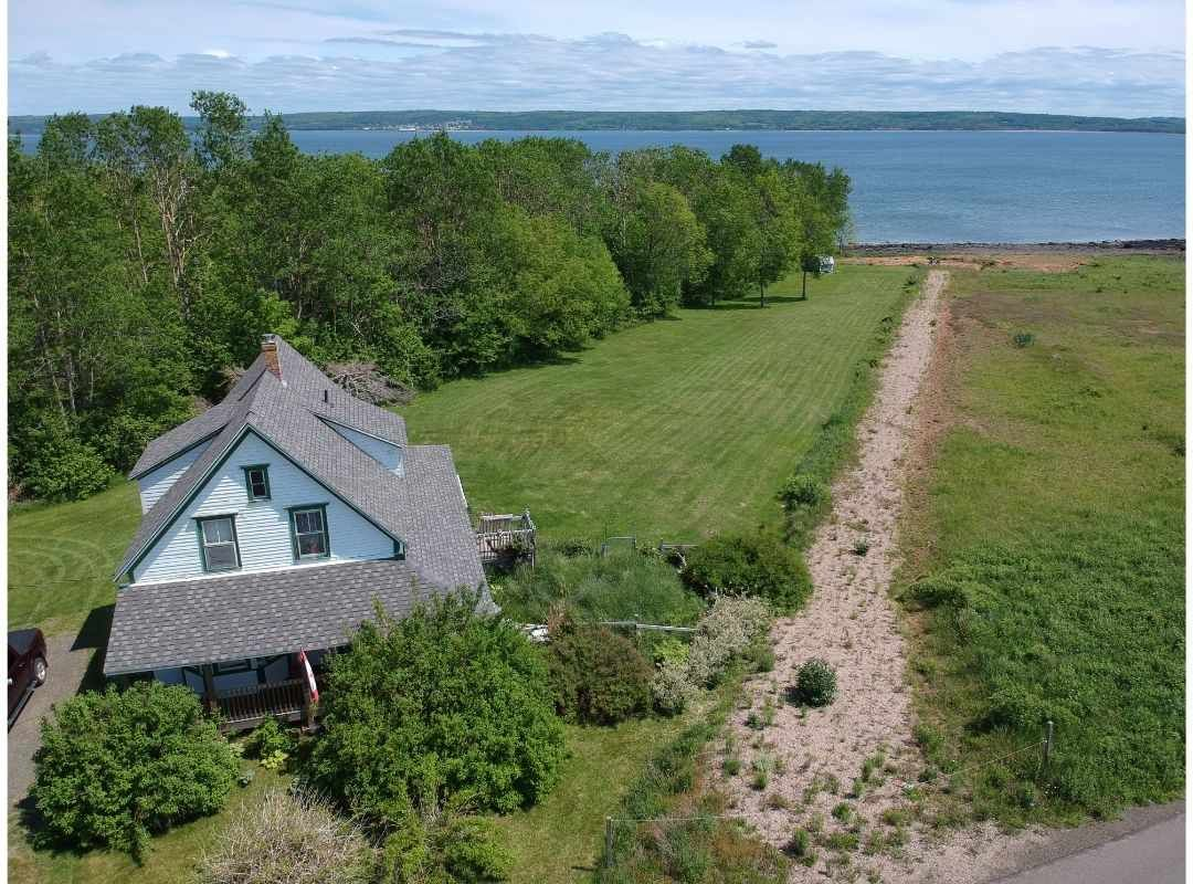 Main Photo: 1762 GRANVILLE Road in Port Wade: 400-Annapolis County Residential for sale (Annapolis Valley)  : MLS®# 202010473