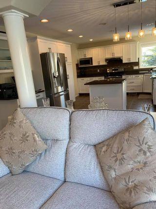 Photo 11: 8918 159A Avenue in Edmonton: Zone 28 Attached Home for sale : MLS®# E4228957