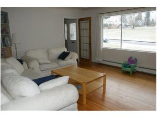 Photo 2: 1433 Moody Ave in North Vancouver: Central Lonsdale House for sale : MLS®# V872313