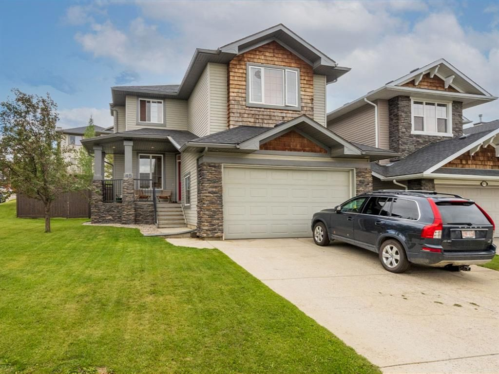 Main Photo: 45 Crestbrook Hill SW in Calgary: Crestmont Detached for sale : MLS®# A1141803