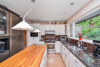 Photo 26: 385 IVOR Rd in Saanich: SW Prospect Lake House for sale (Saanich West)  : MLS®# 833827