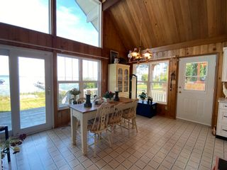 Photo 4: 330 CRYSTAL SPRINGS Close: Rural Wetaskiwin County House for sale : MLS®# E4260907