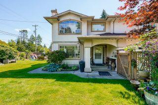 Main Photo: 1592 STEVENS Street: White Rock 1/2 Duplex for sale (South Surrey White Rock)  : MLS®# R2596621