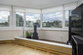 """Photo 9: 601 31 ELLIOT Street in New Westminster: Downtown NW Condo for sale in """"ROYAL ALBERT TOWERS"""" : MLS®# R2529707"""