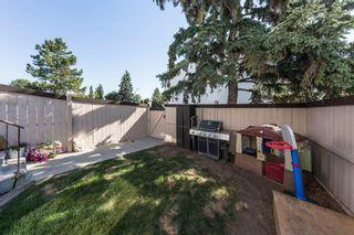 Photo 2: 153 MARLBOROUGH Place in Edmonton: Zone 20 Townhouse for sale : MLS®# E4252834