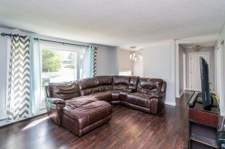 Photo 2: 3644 WILLOWDALE Drive in Prince George: Birchwood House for sale (PG City North (Zone 73))  : MLS®# R2392172