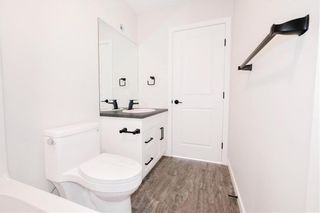 Photo 17: 2 Sinclair Drive in Tyndall: R03 Residential for sale : MLS®# 202101795