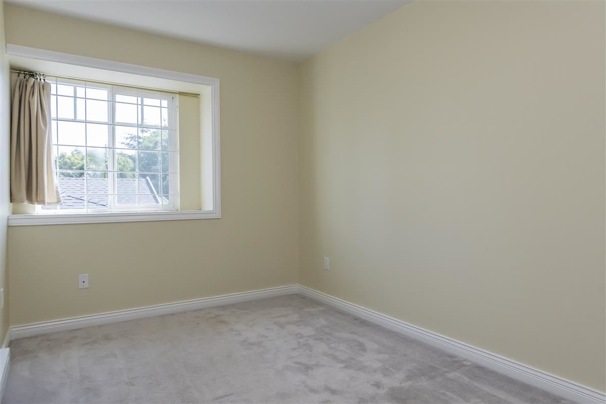 Photo 16: Photos: 3178 GILMORE Avenue in Burnaby: Central BN 1/2 Duplex for sale (Burnaby North)  : MLS®# R2474693