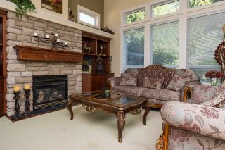 Photo 6: 3328 141 STREET in Surrey: Elgin Chantrell House for sale (South Surrey White Rock)  : MLS®# R2107019