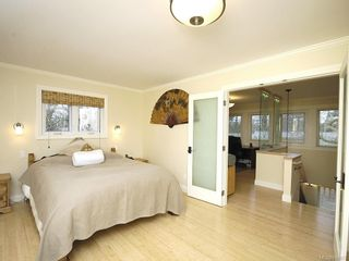 Photo 14: 7029 Wallace Dr in Central Saanich: CS Brentwood Bay House for sale : MLS®# 636075