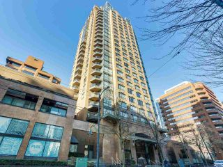 "Photo 14: 1708 1189 HOWE Street in Vancouver: Downtown VW Condo for sale in ""The Genesis"" (Vancouver West)  : MLS®# R2373933"